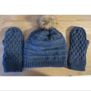 Accessories - Winter hat and mitten set